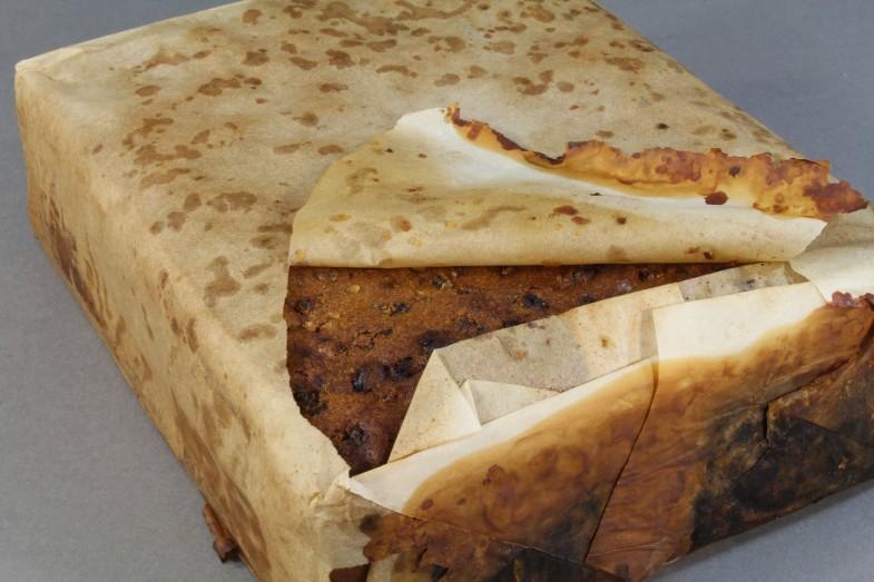 南極で100年以上前の「フルーツケーキ」が発見される!おそらく今も食べられるとのこと...
