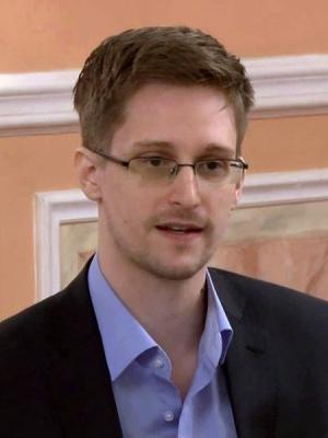 450px-Edward_Snowden_2013-10-9_(1)_(cropped).jpg