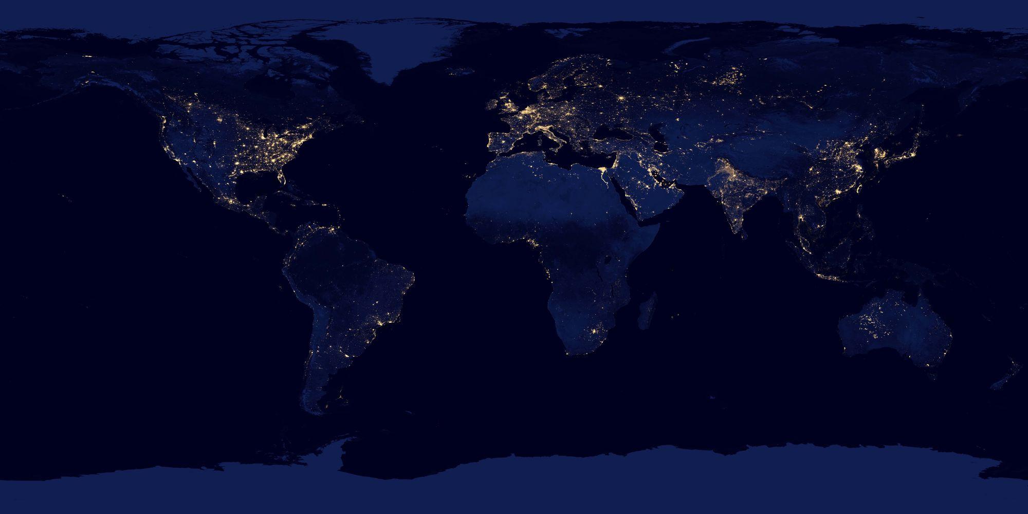 【NASA】宇宙から見た「夜の地球」の明るさを見た結果 → 日本列島が暗くなっていることが判明