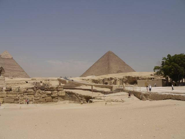 【地球】火山噴火による気候変動により、古代エジプト王朝は滅亡か