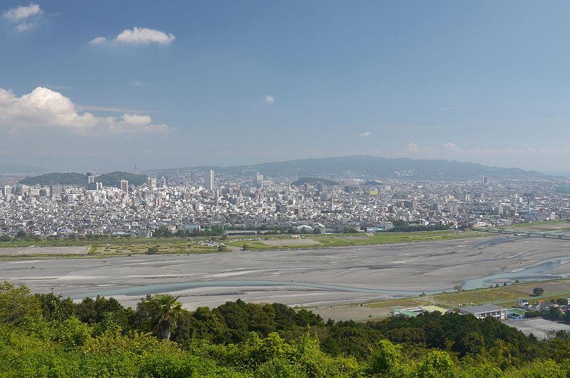 静岡の「安倍川」が異常事態に!水が途切れる瀬切れが発生…漁協「この半世紀で記録にも記憶にもない」