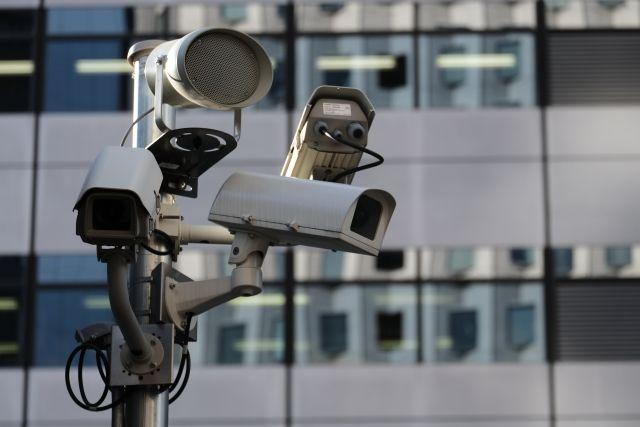 【いつも見てるぞ】超監視社会の到来は間近…SNSなどで誰が見ているかわからない