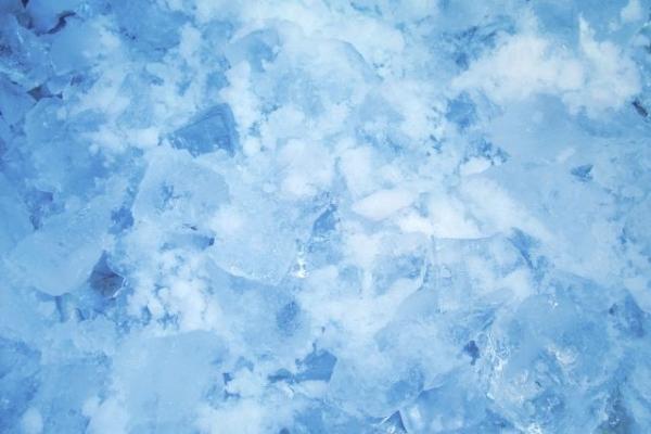 ice1684865.jpg