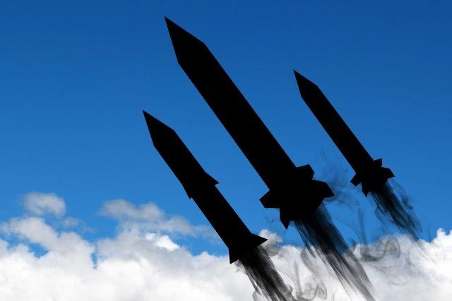 【核抑止】アメリカが「核ミサイル」を持ってるのは良くて、北朝鮮がダメな理由ってなんなの?