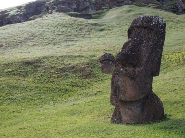 【謎】イースター島の古代住民はどこから来たのか?DNAに南米からの痕跡はなかったことが判明