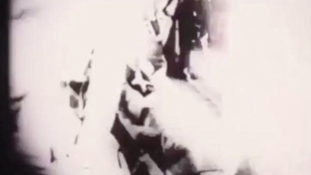 【ロズウェル事件】宇宙人がタンカで運ばれる映像が公開される!