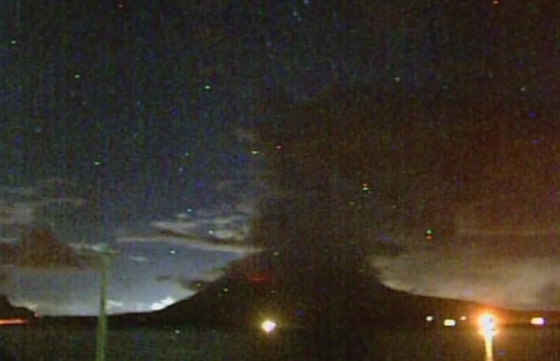 桜島での爆発的噴火が一晩で「10回」火山性微動が「26回」と急増…姶良カルデラでは「マグマの上昇」が続く!気象庁、噴火警戒レベル3に