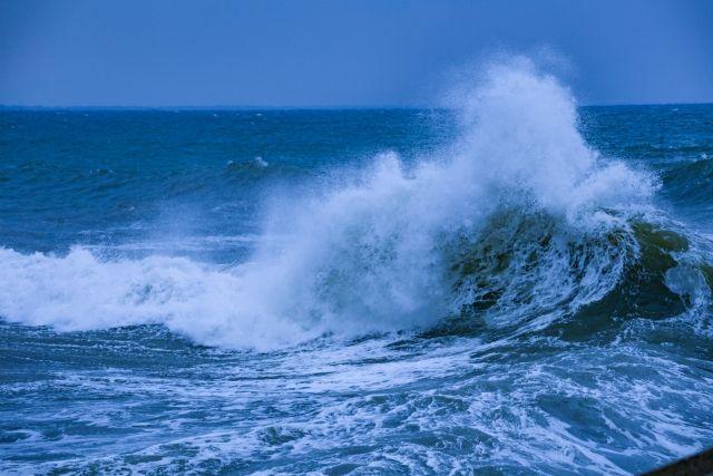 【突然来る大津波】地震は起きてないのに「津波」が来る可能性…徳島・海陽沖に海底地滑り跡