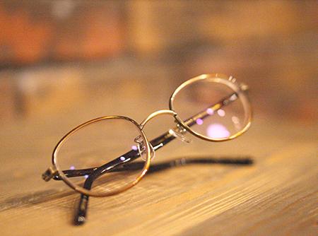 長岡 見附 三条 めがね 眼鏡店 おしゃれな 出産 育児 メガネ作り 可愛いめがね steady ステディー 新潟県 取扱い店