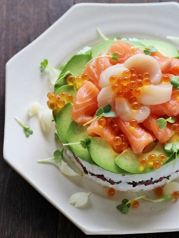 寿司ケーキ縦2