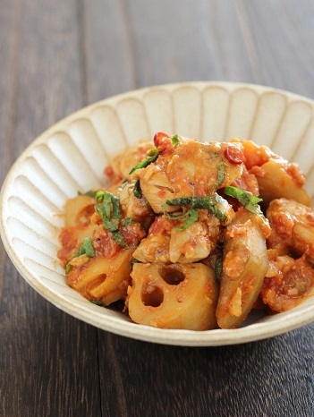 鶏と根菜のトマト煮1