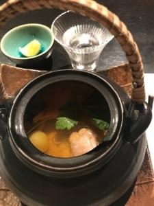 信州黄金シャモと松茸の土瓶蒸し中