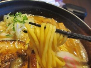ら麺のりダー 特濃中華ソバ 麺
