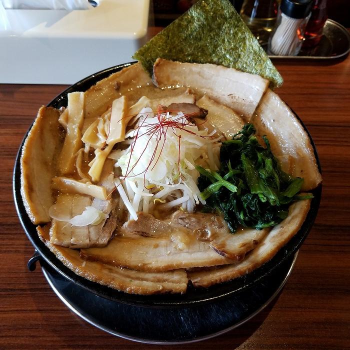 肉バカ弁天 チャーシュー麺
