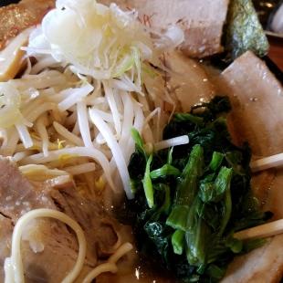 肉バカ弁天 チャーシュー麺 具