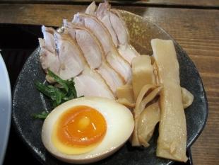 ダルマ食堂 つけ麺 具