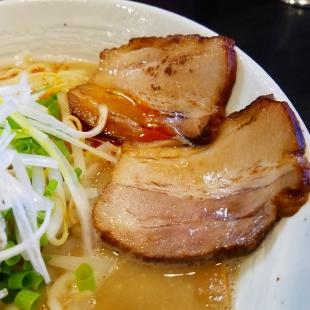 麺や勝 味噌担々麺 チャーシュー