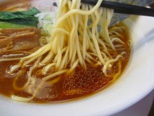 もん吉 醤油らーめん 麺スープ