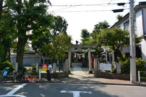 女塚神社①