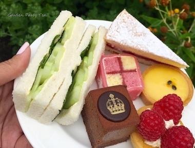 gardenparty-tea-england.jpg