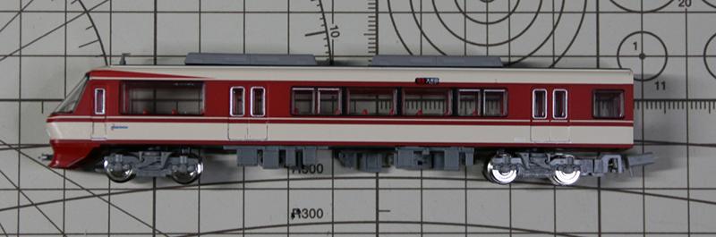 西鉄8000系サイドビュー