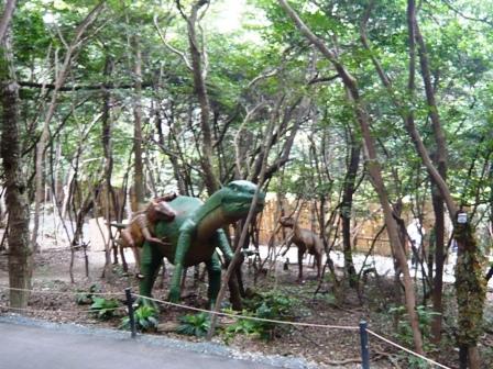 ディノアドベンチャー:11テノントサウルス、12ディノニクス2