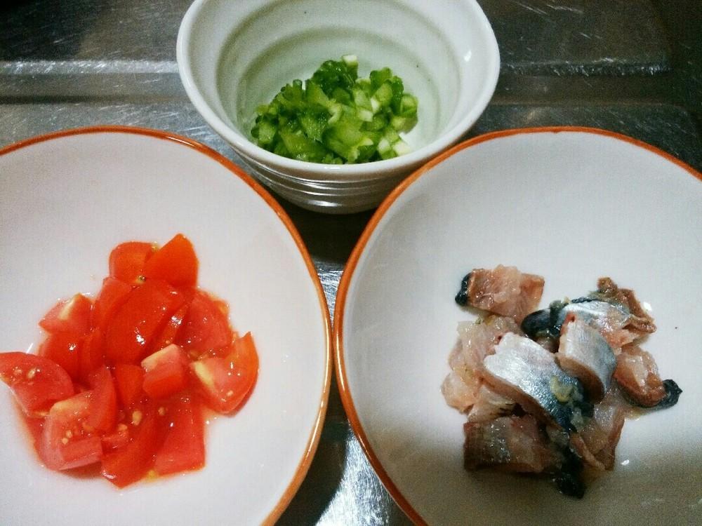 鰯と夏野菜のスープかけごはんの作り方1