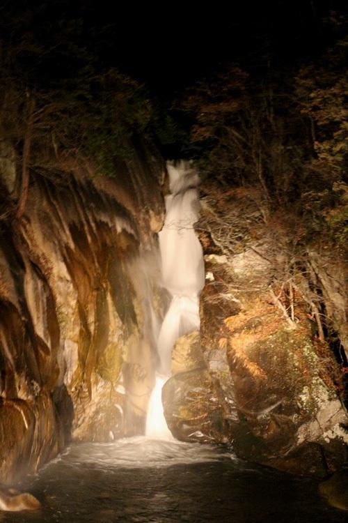 20171123 昇仙峡仙娥滝のライトアップ (2)