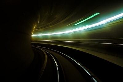 s-metro-2199831_400-min.jpg