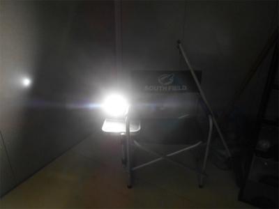 301123充電式ライト2