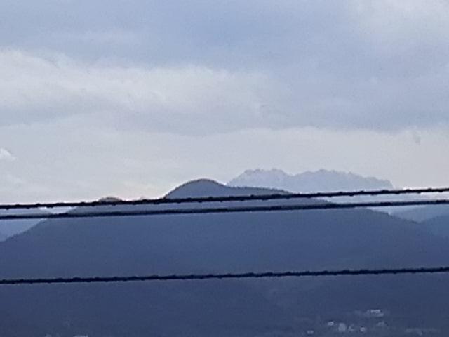 西条市から見る石鎚山