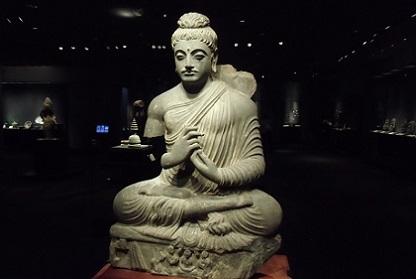 パキスタン 仏像1