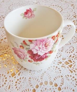 ロマンティックなマグカップです