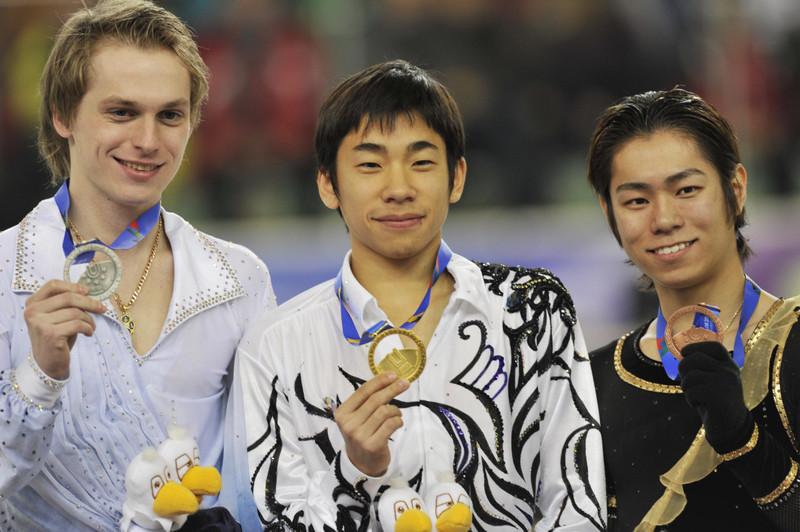Medalist_of_the_Mens_in_the_WUG_2011_Figure_Skating.jpg