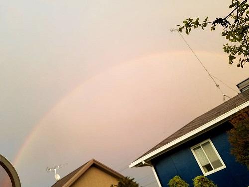 夕焼けと虹と ^^