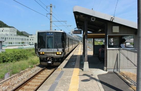 ⑫坂越駅ホーム