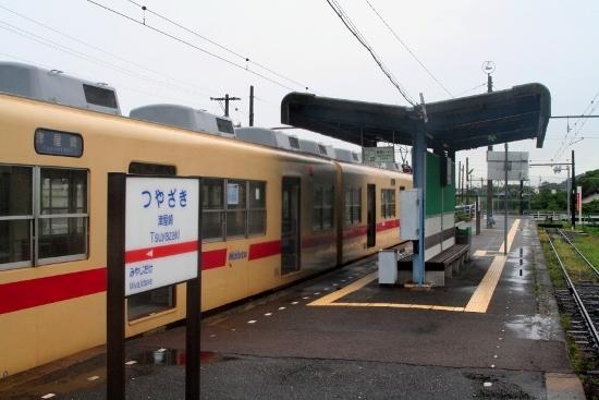 ⑭津屋崎駅ホーム