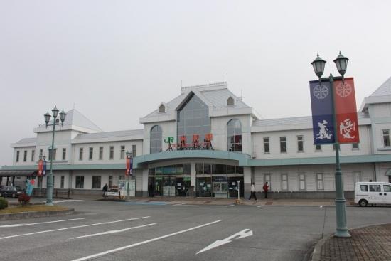 ①米沢駅 (550x367)