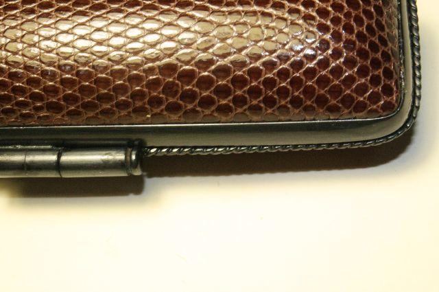 KF[印章ケース イブシフクリン 手彫り印鑑にはKFケースをどうぞ。 印相体でハンコを作るのはやめましょう。