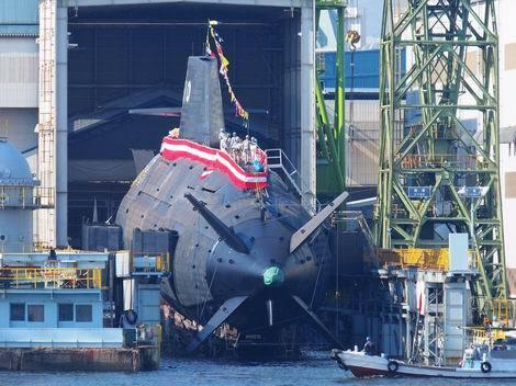 潜水艦「しょうりゅう」(翔龍)進水(470x352)