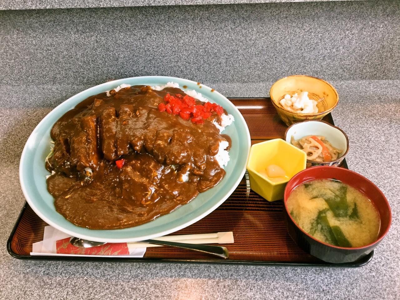 田丸屋(カツカレー大盛り)