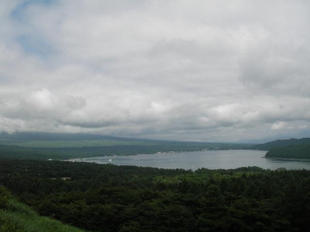 パノラマ台から山中湖を望む201707