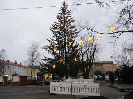 クリスマスツリー昼