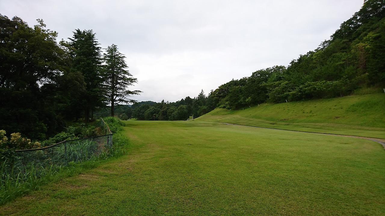 旅行前のゴルフは二人そろって好スコア (2017年7月)
