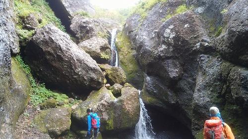 パンケニワナイ沢滝10