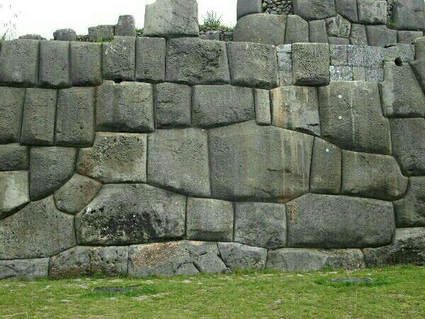 オーパーツの中で解明されてない巨石遺跡!超古代文明・巨人の指紋?