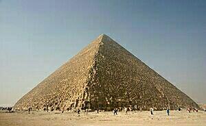 ギザの三大ピラミッドは完成度が高すぎる!本当にエジプト文明に建てられたの?